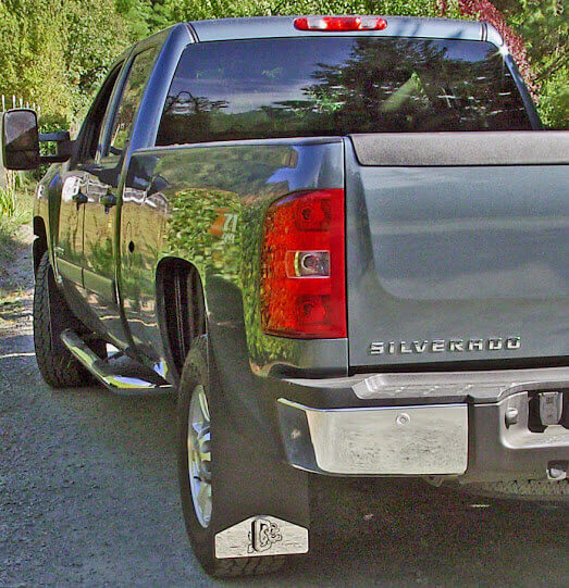 2007 Chevy new body extra long rear mud flaps